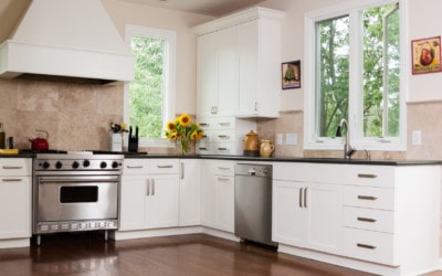 The Benefits Of Kitchen Cabinet Refacing